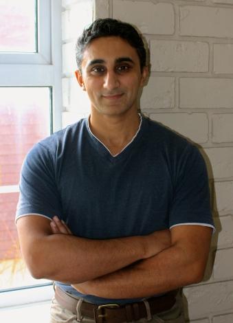 Vaseem Khan author pic